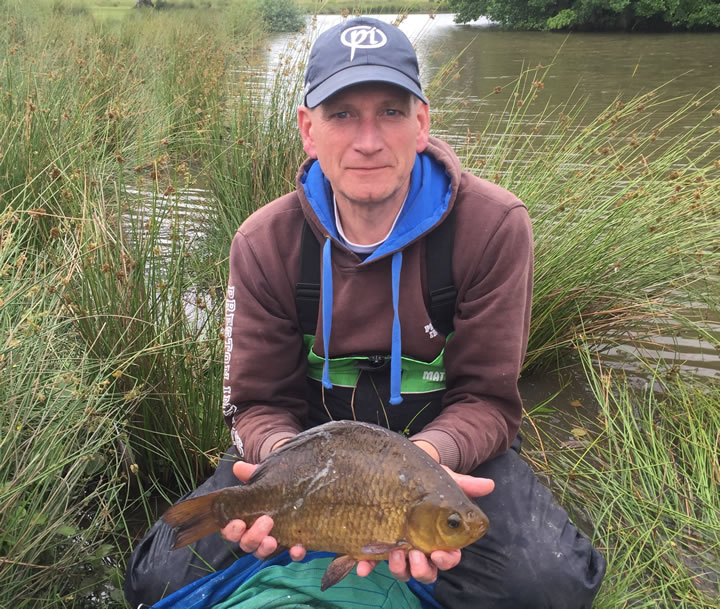 Keith with his 3lb Crucian