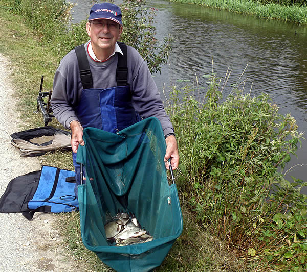 Copyright Petworth and Bognor Angling Club West Sussex